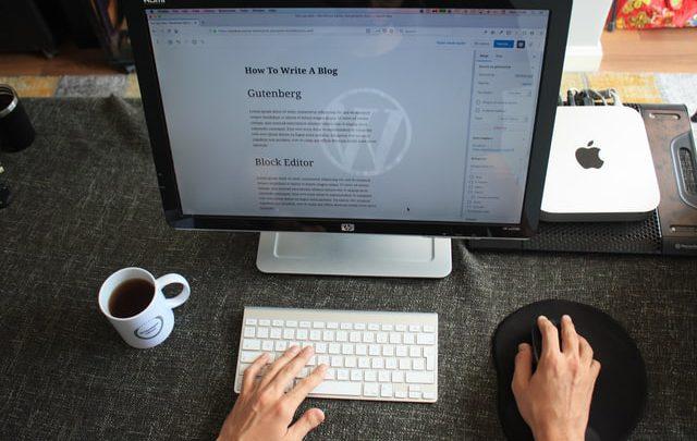 Joomla – jeden z najpopularniejszych CMS-ów. Co trzeba o nim wiedzieć?